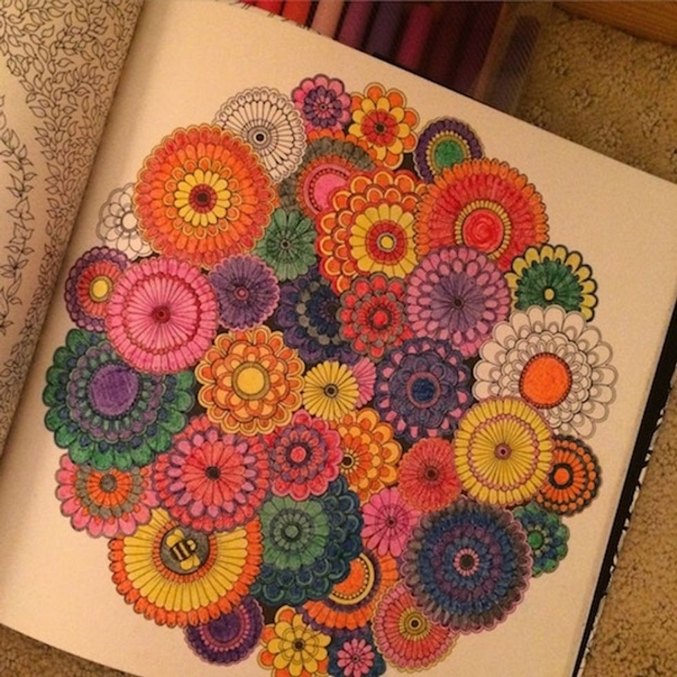 3 reasons why all the adults you know have started coloring again.