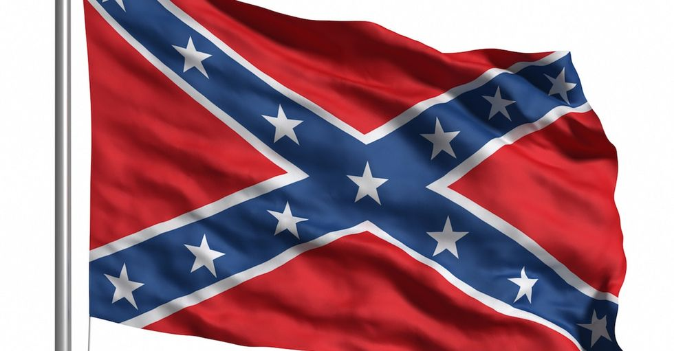 John Oliver knows what to do with South Carolina's Confederate flag.