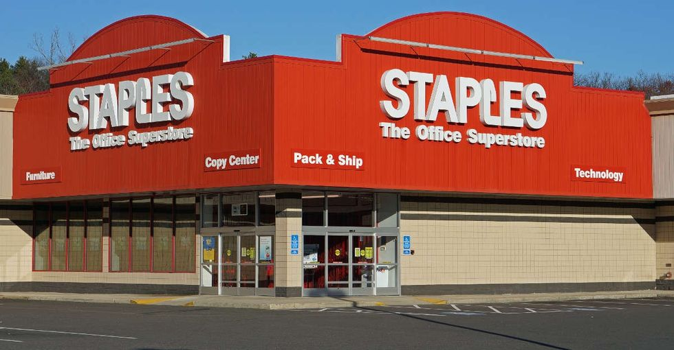 Staples just announced a new holiday schedule that could make its employees very happy.