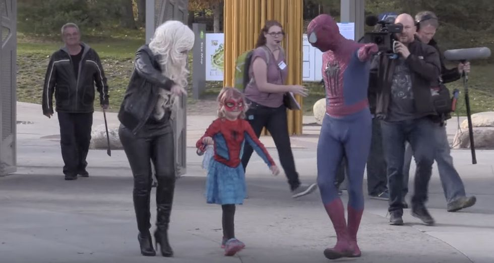 A 6-year-old with cancer just saved an entire hockey team with her super-powered adorableness.