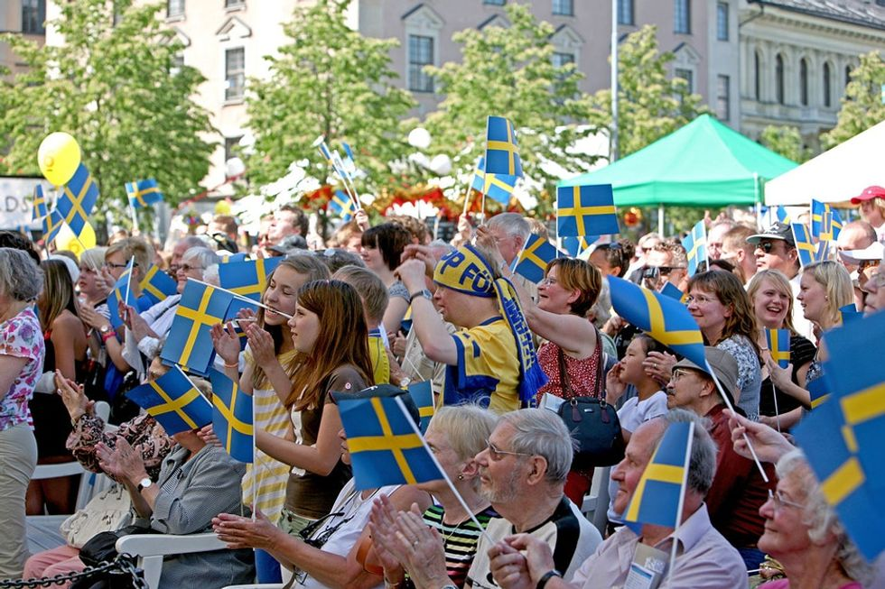 See what Swedish researchers found when they let a group of nurses work 6-hour shifts instead of 8.