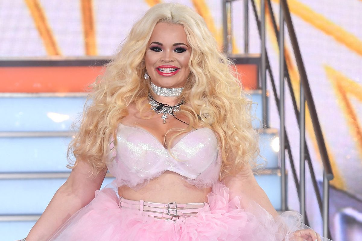 Trisha Paytas Loses Thousands of Followers After h3h3, Nikocado Avocado Feuds