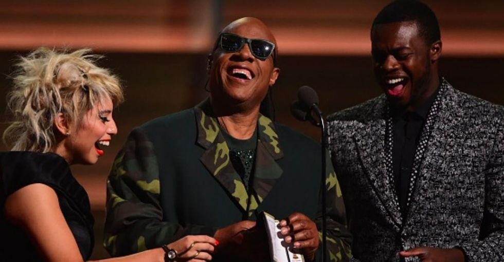 Stevie Wonder just got the whole Grammys audience to applaud for Braille accessibility.