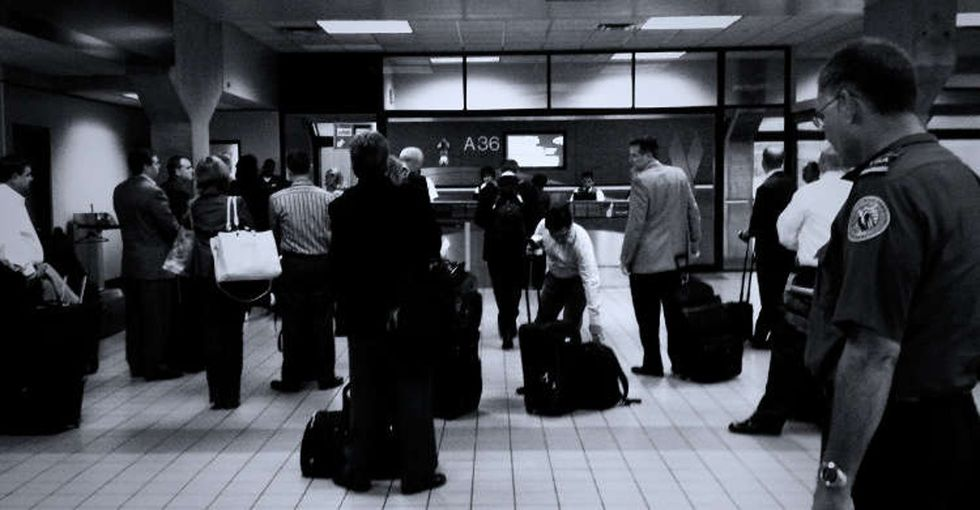 7 infuriating situations every holiday traveler will recognize — and how to deal.