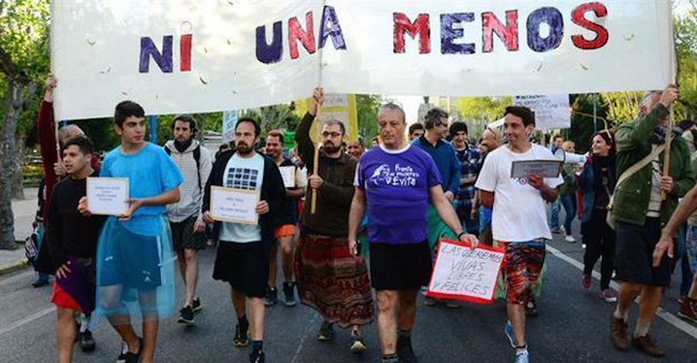 Watch Argentinian men join women to march for gender equality. It's an amazing moment.