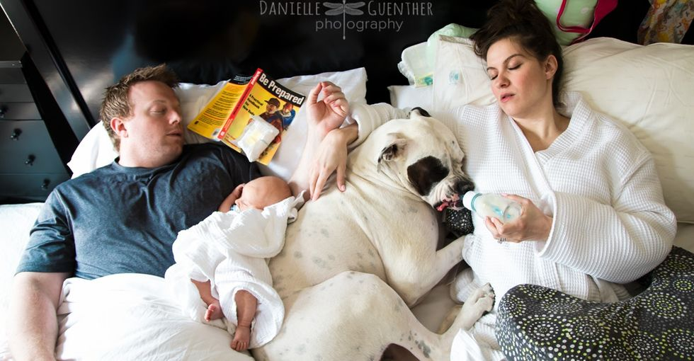 18 realistic family photos. Because we know parenting isn't picture-perfect.