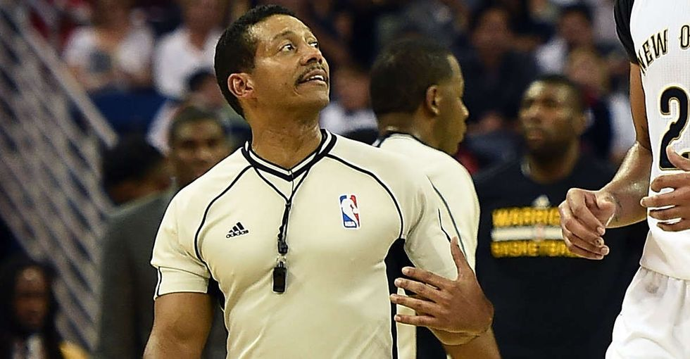 After a player taunted him with anti-gay slurs, this gutsy ref responded by coming out.