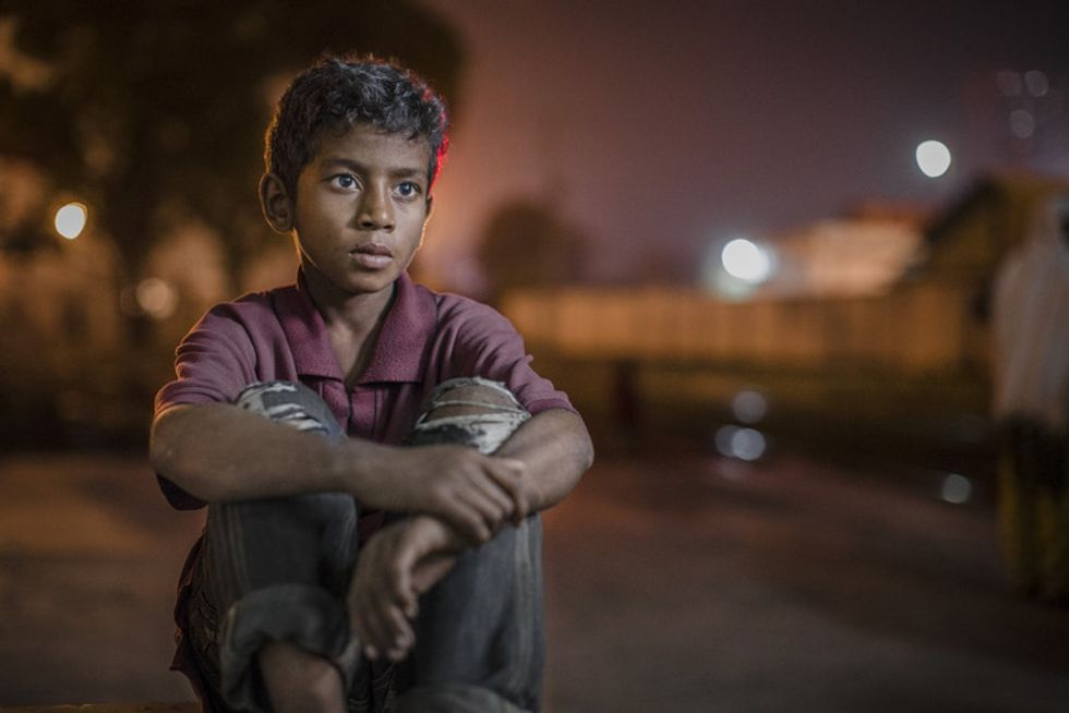 A stunning photo series reveals the faces of street children in Bangladesh.