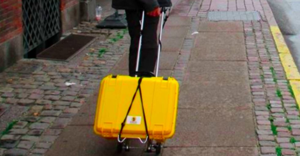 A bright yellow suitcase is saving moms and babies around the world.