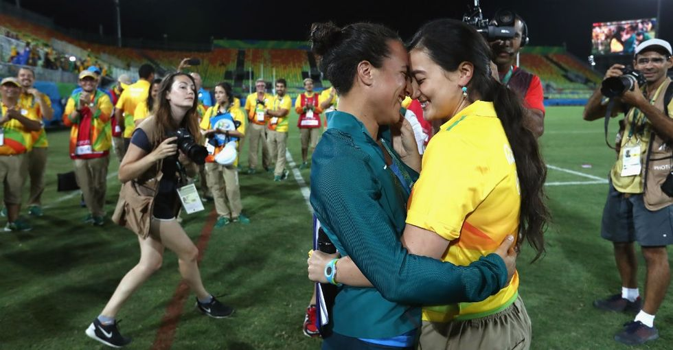 9 adorable pics of a Brazilian rugby player getting proposed to by her girlfriend.