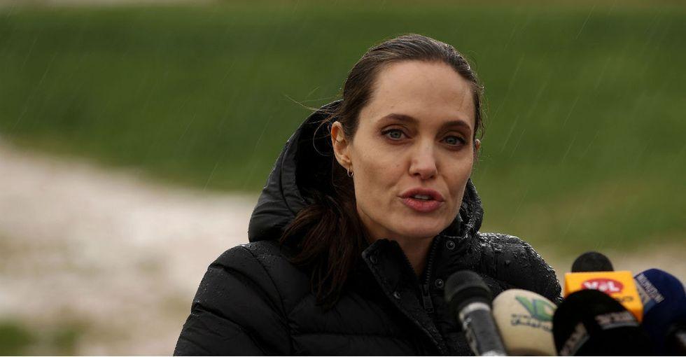 12 pics of Angelina Jolie demanding the world help Syrian refugees.