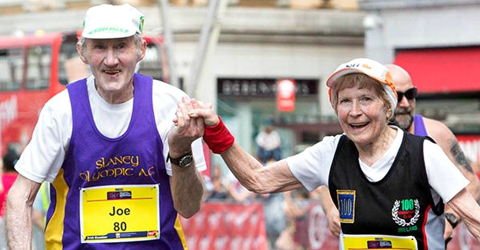 80-year-old married runners just ran their last marathon together holding hands.