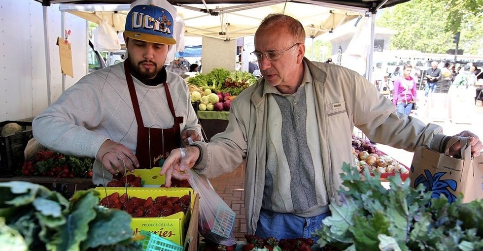 One state just made farmers markets more affordable. It's good for everyone, even farmers.
