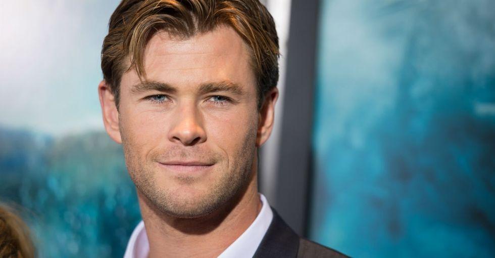 The splendid way this viral photo of Chris Hemsworth is helping fight mental illness.