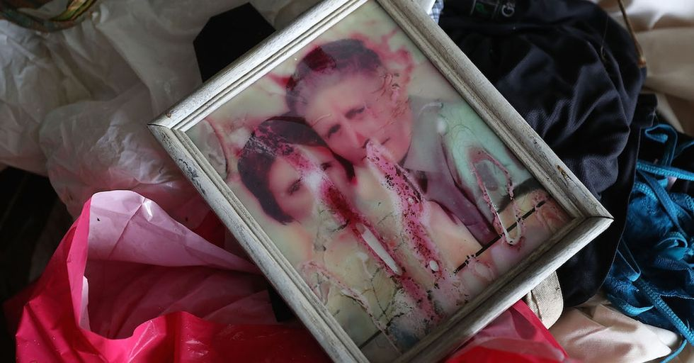 A hero photographer is helping flood victims save their priceless family photos.