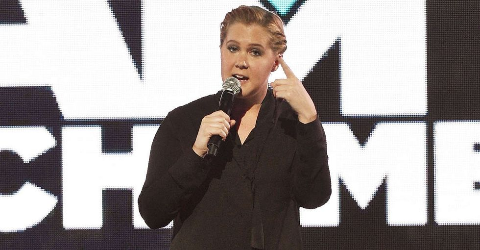 Amy Schumer just completely owned a sexist heckler — and there's video.