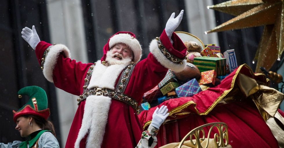 There's a brilliant, heartfelt way to tell your kids the truth about Santa. Take notes.