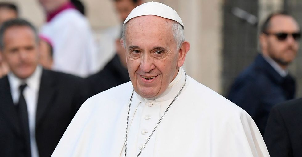 Pope Francis just opened a laundromat for exactly the people who need it most.