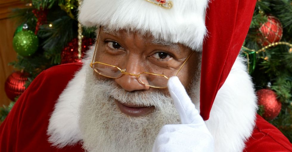 Everyone is falling in love with the Mall of America's first black Santa.
