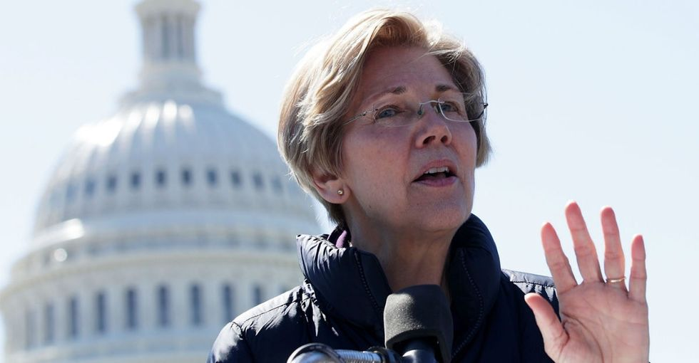 Now even senators are rallying around the U.S. women's hockey team. Good.