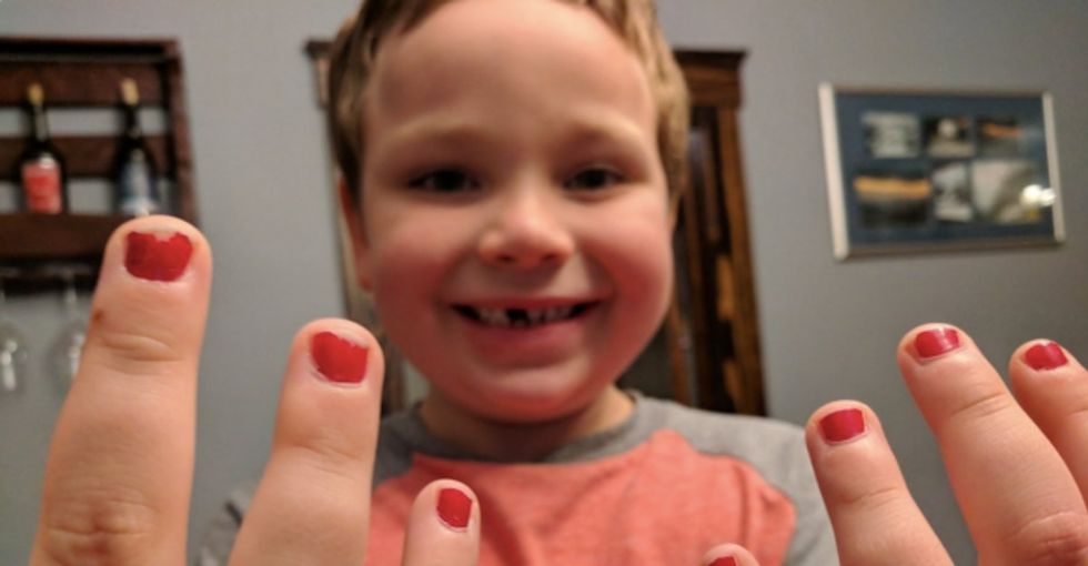 His 5-yr-old was bullied for wearing nail polish. The internet showed up with mad support.