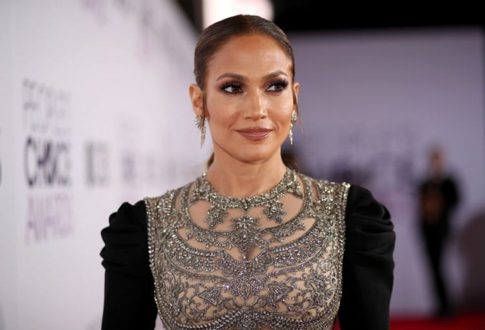 Why people are loving the pronouns Jennifer Lopez used in an Instagram pic.