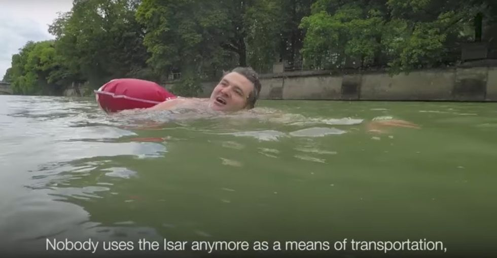 A story about a man who swims to work went viral. Here's what makes his commute possible.