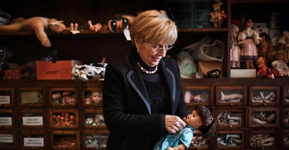 9 delightfully eerie photos from inside a 187-year-old doll hospital.