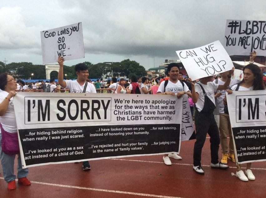 They went to Pride with 'I'm sorry' signs, and people are