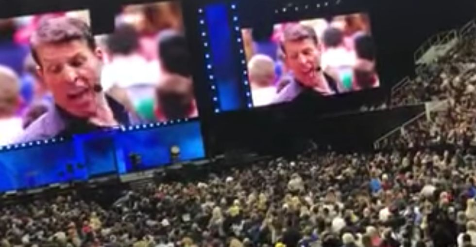 Tony Robbins mansplained #MeToo to a woman who paid to see him. It didn't end well.