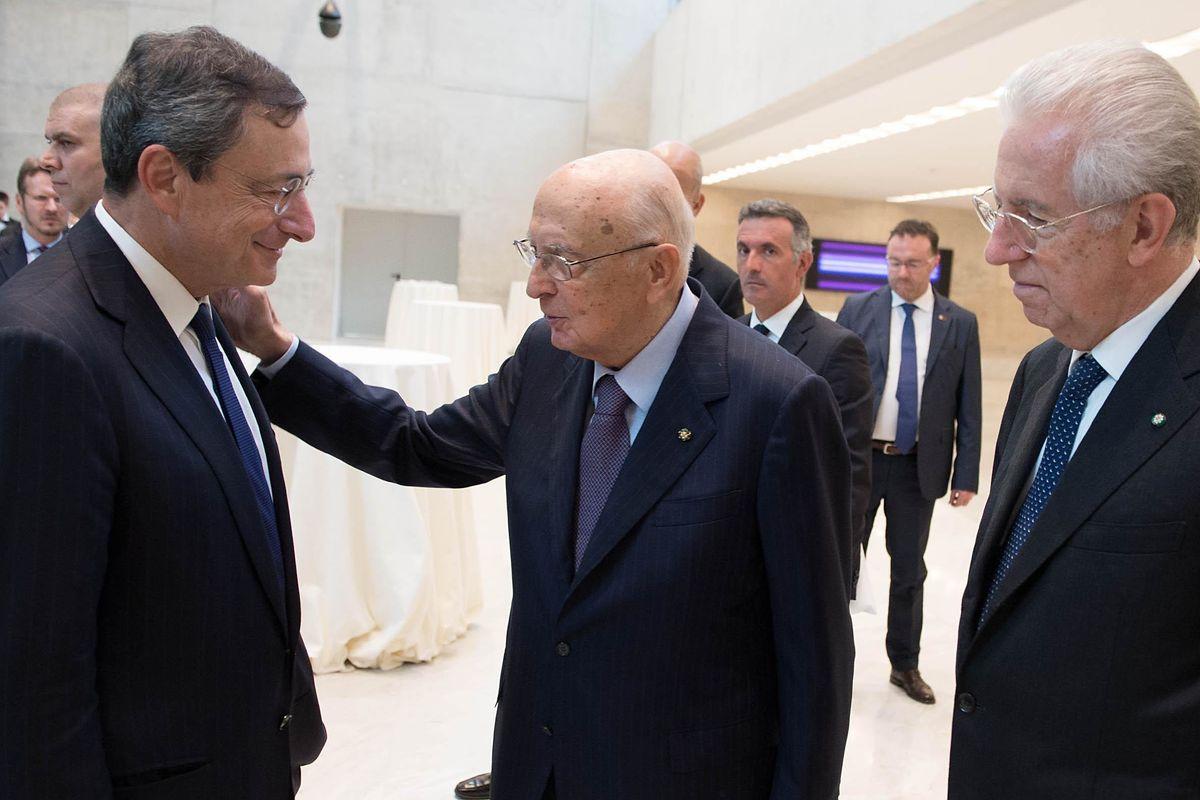L'idea di Berlusconi per il dopo voto: mettere Mario Draghi a Palazzo Chigi