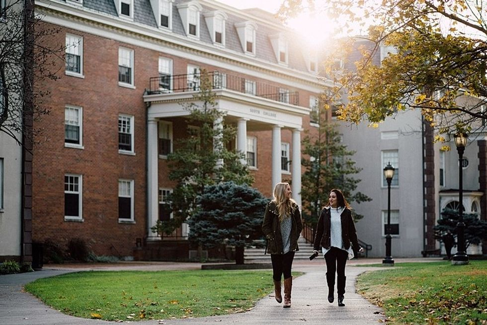 5 Major Adjustments When You Come Home From College For The Summer