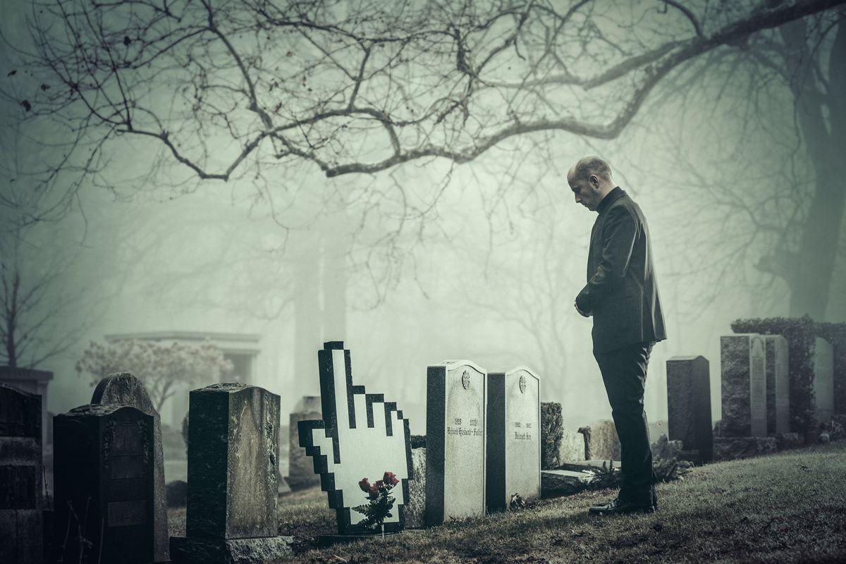 Sui social vietato morire. Non è redditizio