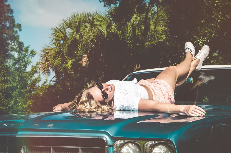 13 Items Every Girl Needs In Their Car For Summer