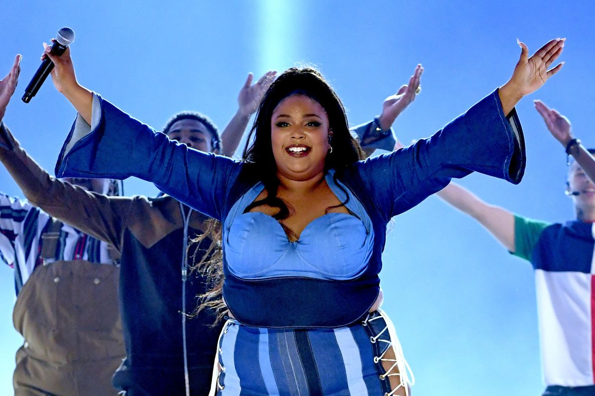 Watch Lizzo Light Up the MTV Movie Awards