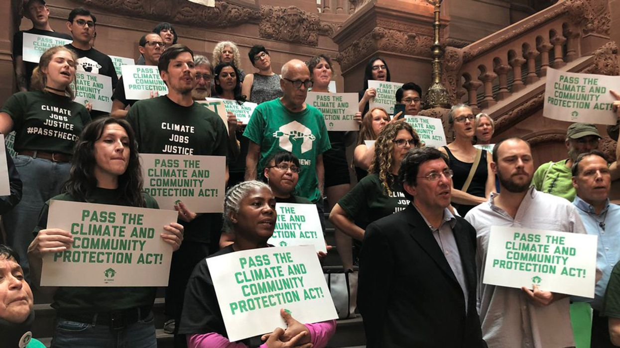 'Huge Victory' for Grassroots Climate Campaigners as NY Lawmakers Reach Deal on Sweeping Climate Legislation