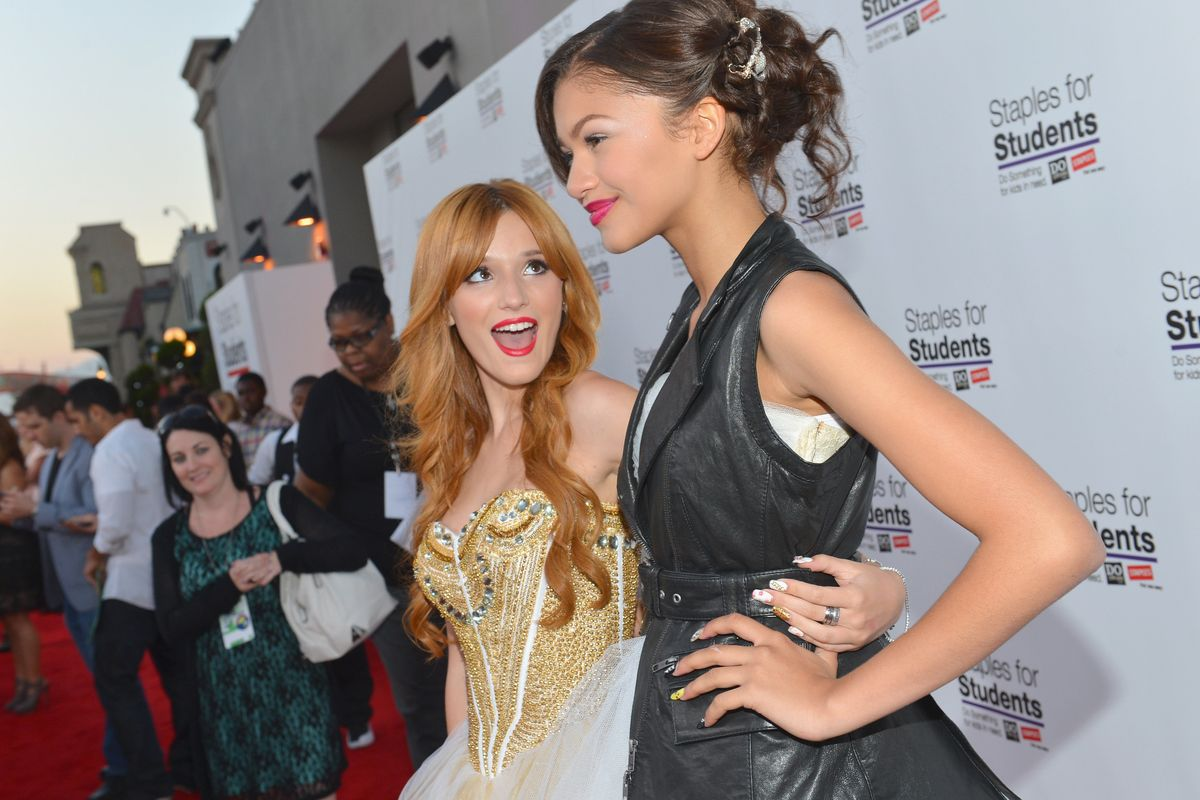 Zendaya Supports Bella Thorne Amidst Nudes Controversy