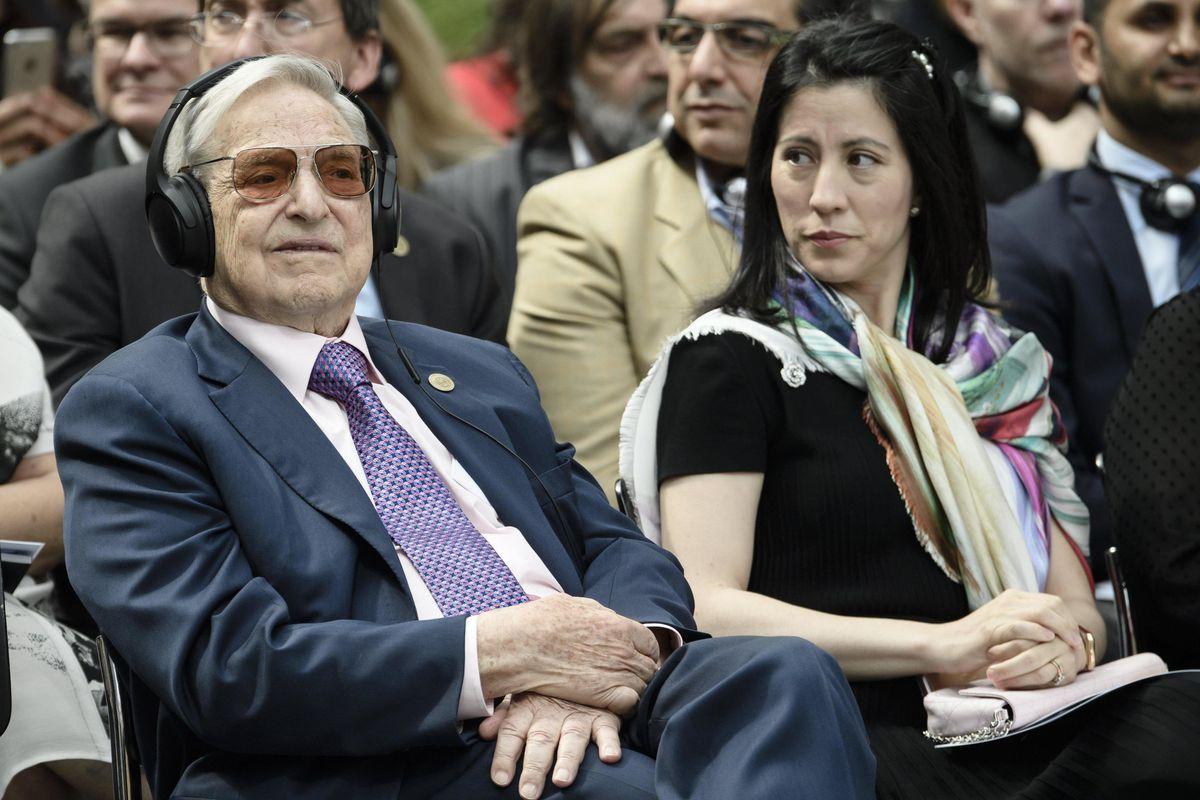 Chi spara fake news? Accuse al «Corriere» e caso Soros-Fubini finiscono in un libro