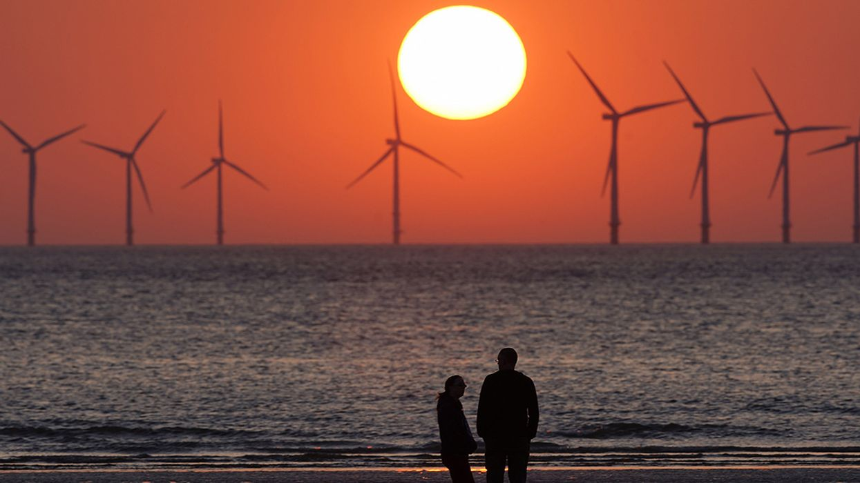 Clean Power Overtaking Fossil Fuels in Britain in 2019