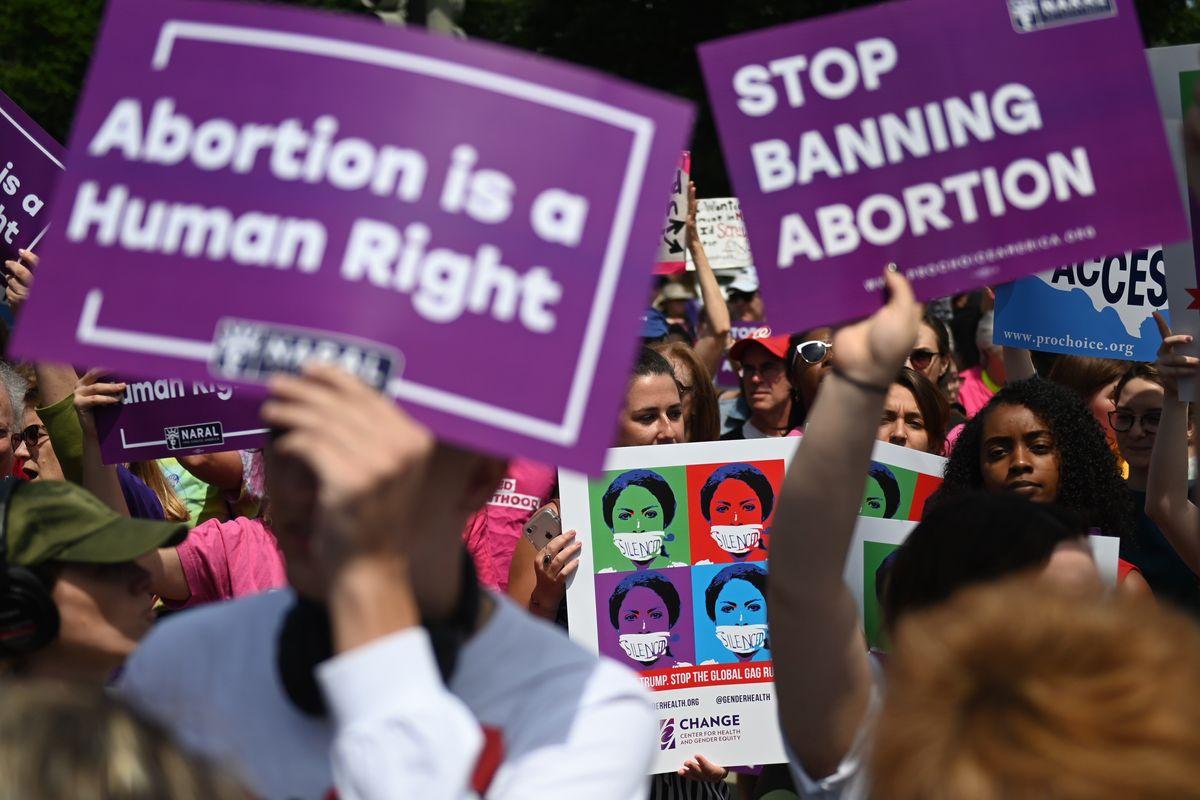 La Cassazione: «I feti sono persone». Ma ancora li uccidono in tranquillità