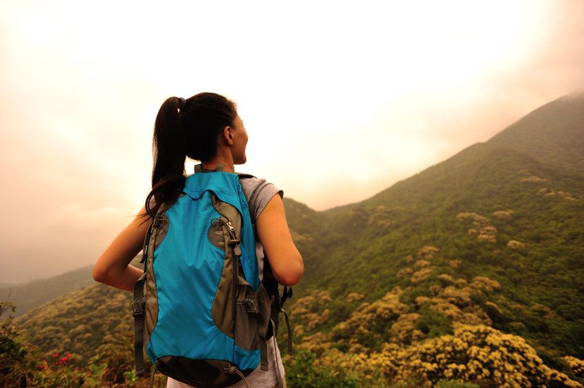 solo female traveler tips