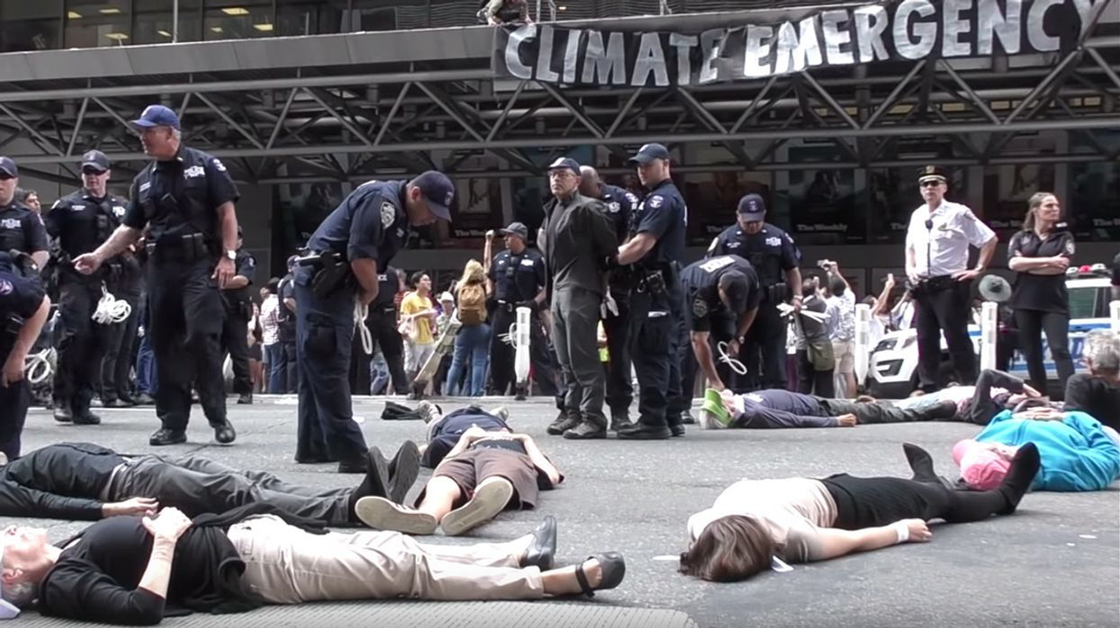 70 Arrested at Extinction Rebellion Protest Demanding More Urgent Climate Coverage From New York Times