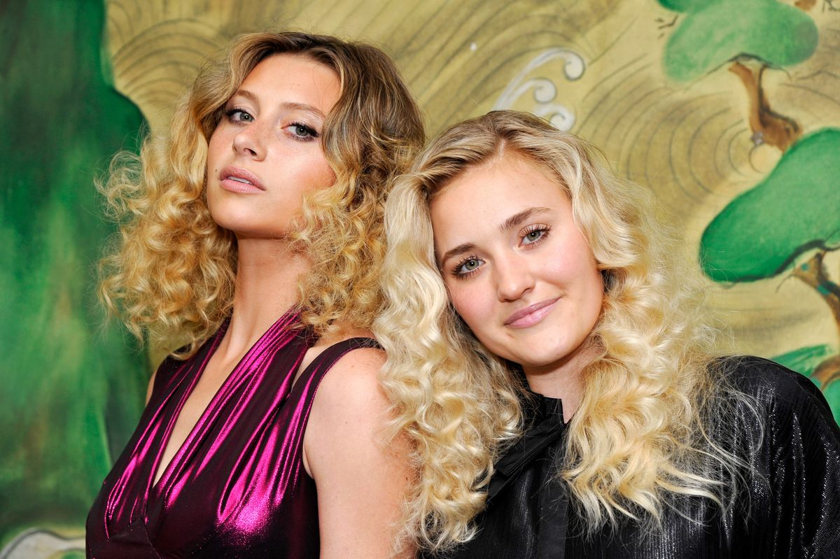 Aly & AJ Called Out Security For Kicking A Lesbian Couple Out Of Their Concert