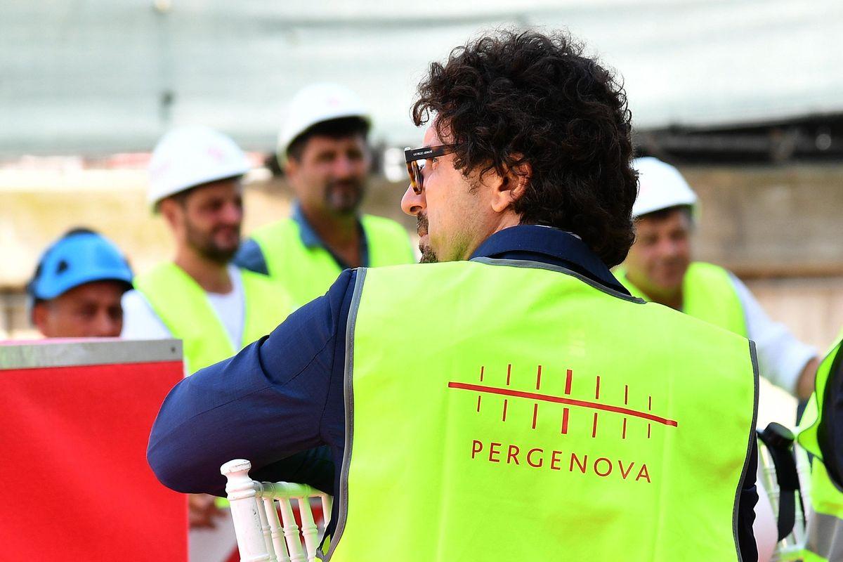 Toninelli va avanti contro Autostrade: «Via la concessione». Penali per lo Stato