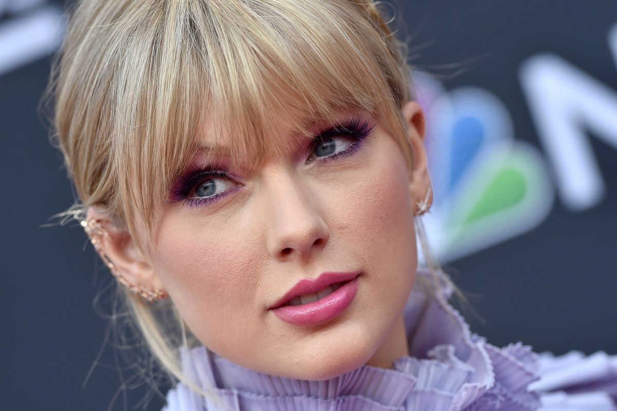 The Taylor Swift and Scooter Braun Beef, Explained