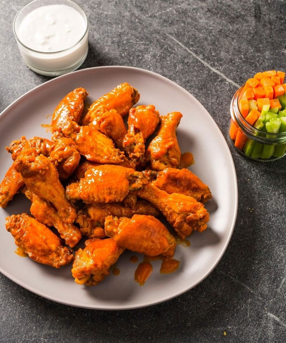 Wing Joint Showdown: Hooters Vs. Buffalo Wild Wings