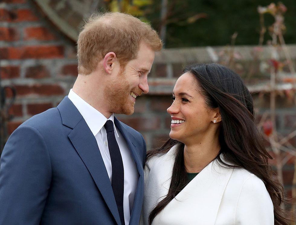 Principe Harry e Meghan Markle, le foto del fidanzamento ufficiale a Kensington Palace