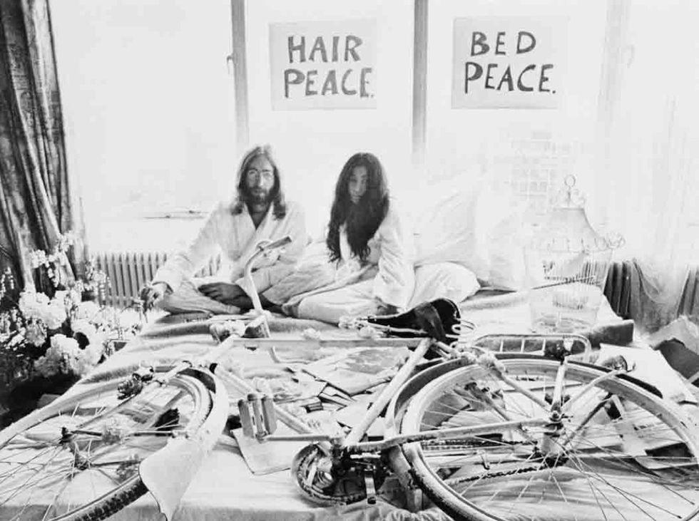 Closeup J.Lennon W/Bride Y. Ono In Bed