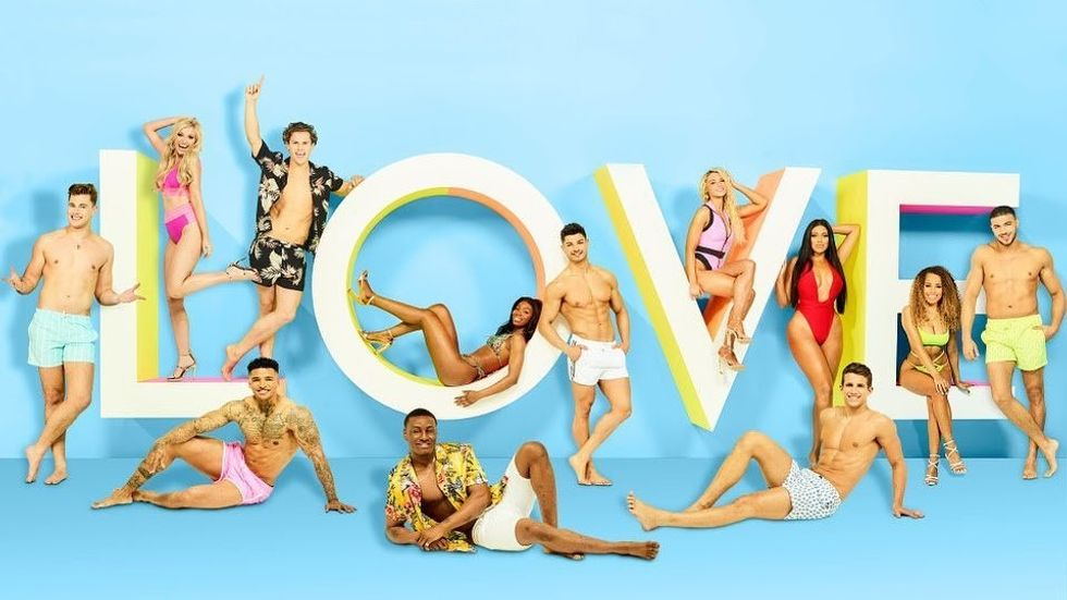 "Move Over ""The Bachelor/ette"", The UK's ""Love Island"" is What You Should Be Watching"