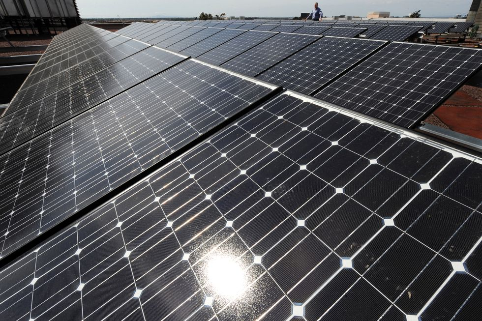 California Plans to Offer Free Solar Panels to Its Poorest Citizens